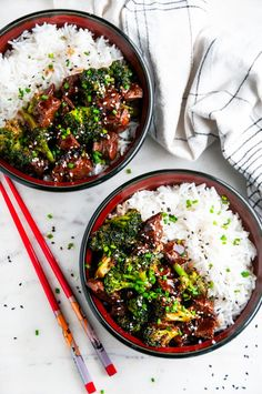 Skillet Beef and Broccoli &;s Kitchen Skillet Beef and Broccoli &;s Kitchen Elisa Kolbe xelisak Dine Skillet Beef and Broccoli &; Skip the restaurant with […] and broccoli bowl Asian Recipes, Beef Recipes, Cooking Recipes, Healthy Recipes, Ethnic Recipes, Broccoli Beef, Broccoli Recipes, Healthy Eating Tips, Clean Eating