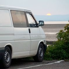 The sun setting in Morecabe #t4blog #vanlife #vwt4 #vw #campervan #morecambe #sunset #sun #sea #mud by t4blog