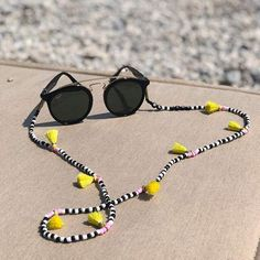 Rope Jewelry, Beaded Jewelry, Jewelery, Handmade Jewelry, Beaded Bracelets, Collier Floral, Diy Necklace, Mother Gifts, Eyeglasses