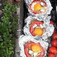 Grillowane pomidory nadziewane  jajkiem Grilling, Dairy, Eggs, Cheese, Breakfast, Food, Morning Coffee, Eten, Egg