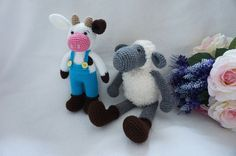 This listing for cow and sheep crochet pattern , not finished product .  Finished cow approx 22 cm(stand possition) -Finished sheep approx 16 cm (sit possition) and 29 cm hight (stand possition) Used 3,00 mm crochet hook .   The basic of crochet you must