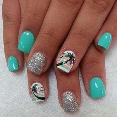 15 Super Cool Tropical Nail Art Designs For Summer - Bea's Beauty Fancy Nails, Love Nails, Diy Nails, Style Nails, Sparkle Nails, Shellac Nails, Nail Polishes, Fabulous Nails, Gorgeous Nails