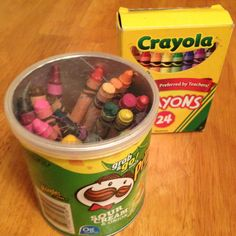 Mini Pringles can is perfect for crayons!