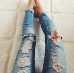 Every girl needs that perfect pair of weathered jeans for fall. - Fall Outfits - Casual Outfits