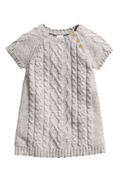 Robe en maille fantaisie  Robe en maille de coton mélangé incrusté de  laine. Maille 93354a25527