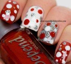 I am providing a post of red, green & white Christmas nail art designs & ideas of these Xmas nails are spectacular. Xmas Nails, Get Nails, Fancy Nails, Holiday Nails, Trendy Nails, Glittery Nails, Sparkle Nails, Valentine Nails, Nail Polish Online