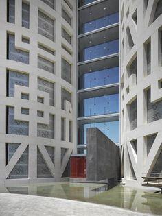 Torres de Hrcules, Cádiz, 2010 - Rafael de La-Hoz Arquitectos