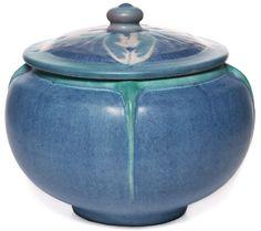 newcomb pottery   Via Kris Rabberman