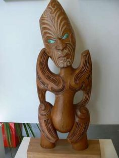 supremely talented Art Sculptures, Lion Sculpture, Maori Patterns, Polynesian People, New Zealand Art, Maori Art, Kiwiana, Indigenous Art, Wood Carvings