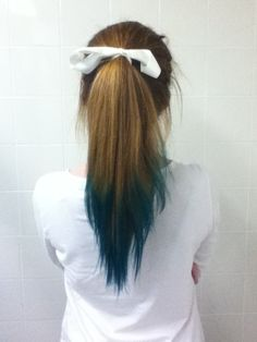 Im dipping my ends in a few weeeeeekssss...! Possibly red or dark brown.
