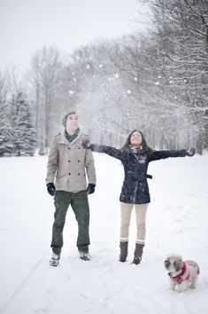 cool 30+ Romantic Winter Photoshoot Ideas for Couple
