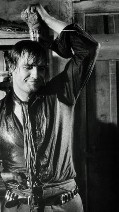 ONE-EYED JACKS - Marlon Brando on the set - Paramount. http://www.alexprudnikov.ru/