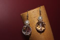 Crystal and pearls.  http://yerlysdesings.blogspot.ca