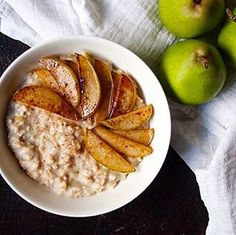 This dreamy coconut porridge with caramellized pear is a perfect evening snack ✨💚 recipe from the archives, link in the bio 😘 #porridge #glutenfree #coconut #dairyfree #vegan #eveningsnack #oatmeal #oat #pear #goodnight #food #foodphoto #foodphotography #feedfeedvegan #f52grams #wellberries #healthyfood #healthyrecipes #healthylifestyle #plantbased #organic  Yummery - best recipes. Follow Us! #healthyrecipes