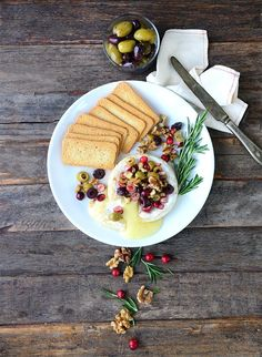 Looking for a recipe with brie & olives? Check out this baked brie with olives jubilee recipe from DeLallo & find other authentic Italian recipes & products Yummy Appetizers, Appetizers For Party, Appetizer Recipes, Olive Recipes, Italian Recipes, Italian Foods, Just Pies, Cranberry Cheese, Making Homemade Pizza