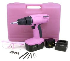 Drill med bor og bits i rosa koffert Pink Tool Box, Power Tool Set, Engagement Party Gifts, Tools For Women, I Believe In Pink, Pink Power, Home Tools, Diy Tools, All I Ever Wanted