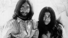 """""""All You Need is Love"""": Lennon conheceu Yoko há 50 anos – Observador"""
