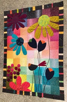 I really love this perfect baby quilts Small Quilts, Mini Quilts, Baby Quilts, Patchwork Quilt Patterns, Applique Quilts, Patchwork Fabric, Crazy Patchwork, Colchas Quilt, Quilt Blocks