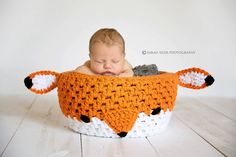 Crochet Newborn Fox Prop Basket - How cute! Can be used in newborn photos, and then in the nursery to hold items like diapers or blankets!!
