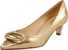 Love the snake skin print but like it better in black. #shoes #pumps #highheels #gold #snakeskin #leather