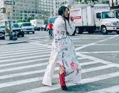 Die Fashion Seite mit mehr als 15.000 Streetstyles!