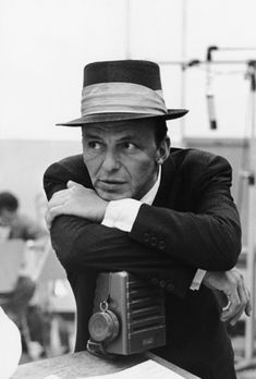 """Sid Avery Frank Sinatra at Capitol Records Recording Studio, Los Angeles 1954 """"I've been thinking about why you have to get famous to get an award for helping other people…If your name is John Doe,. Vintage Hollywood, Classic Hollywood, Hollywood Glamour, Hollywood Stars, Franck Sinatra, Living Puppets, Capitol Records, Dean Martin, Freddie Mercury"""