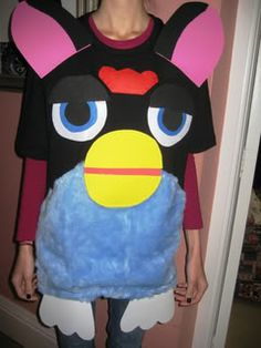 Who doesn't want a furby costume? Family Costumes, Family Halloween Costumes, Cool Costumes, Halloween Party, 90s Costume, Halloween Couples, Costume Ideas, Zombie Costumes, Party Costumes