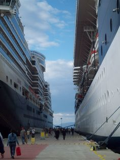 Celebrity Summit and Cunard Queen Mary 2 in Turkey