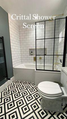 White Bathroom Tiles, Bathroom Layout, Black Cabinets Bathroom, 50s Bathroom, Bathroom Tub Shower, Bathroom Renos, Bathtub, Modern Bathroom Design, Bathroom Interior Design