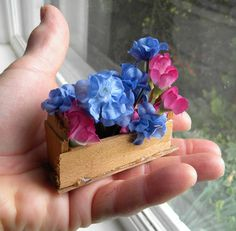 bits of wood, hot glue, small silk flowers...faerie gardens - Swordwhale Walking: illustration, webcomic, stories, photojourneys, videos