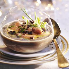 Lentils and foie gras soup - Recipes - Lentils and foie gras soup – Christmas starter - Lentil Recipes, Easy Soup Recipes, Vegetarian Recipes, Healthy Soup, Healthy Breakfast Recipes, Healthy Recipes, Whole Foods Market, Ceviche, Vegetarian Vegetable Soup