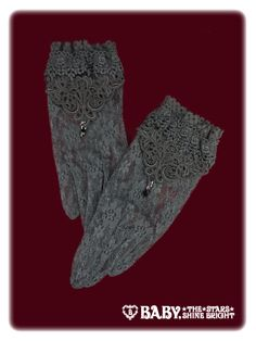Alice and the Pirates Funeral lace gloves