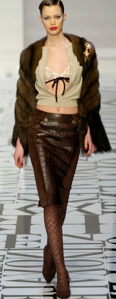 Valentino Ready To Wear Autumn 2004  Well I couldn't walk around with my bra showing, but wow do I ever love that skirt!  It's stunning !