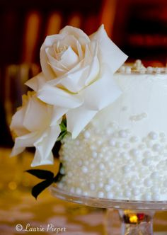Sugar Pearl Wedding Cake JW just as your cake to cut? 30th Anniversary Cake, Pearl Wedding Anniversary Gifts, 30 Year Anniversary, Parents Anniversary, Wedding Wishes, Wedding Cake Pearls, Wedding Cakes, Pearl Cake, Samantha Wedding
