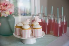 Blog - Modern Pink and Mint Party Party Supplies and Decorations at Discount Prices. PartyStock is your Canadian source for party ideas, party supplies, and decorations! Mint Party, Party Party, Ideas Party, Vintage Shabby Chic, Shabby Chic Style, Mini Cupcakes, Party Supplies, Decorations, Sweet