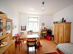 Augsburg - Wohnungssuche - schöne 3 Zimmer Wohnung ab sofort zu vermieten.  3 Zimmer Jugendstil Wohnung - 81 qm - mit Balkon - ab sofort in Augsburg zu vermieten.  Kontakt und alle Informationen finden Sie unter:  https://business.facebook.com/pages/Miettraumcom/213843215477931?business_id=539176196223388