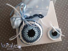 Πλεκτά μαρτυρικά βάπτισης Crochet Panda, Crochet Baby, Knit Crochet, Macrame Bag, Baby Shower Themes, Crochet Flowers, New Baby Products, Diy And Crafts, Christmas Crafts