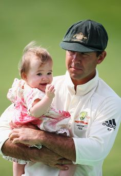 Ricky Ponting of Australia holds daughter Emmy after his team defeated England during Day 3 of the 4th Ashes Test Match between England and Australia at Headingley Carnegie Stadium on August 9, 2009 in Leeds, England.