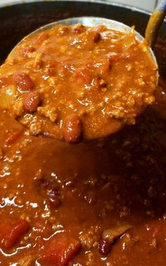 """We are pretty passionate about our Chili around here, this my friends is my contribution to the Chili world; enter my """"Chili Lovers Chili""""! It's rich, meaty, a little bit spicy, and oh so delicious! Bean Recipes, Chili Recipes, Mexican Food Recipes, Crockpot Recipes, Soup Recipes, Cooking Recipes, Cooking Games, Muffin Recipes, Sauces"""