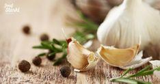 Sadenie cesnaku: Všetko, čo potrebujete vedieť - STARKL | STARKL ESHOP Raw Garlic, Wooden Tables, Spices, Stock Photos, Vegetables, Food, Image, Products, Wood Tables