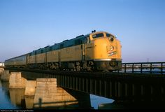 Net Photo: CNW Chicago & North Western Railroad EMD at Marinette, Wisconsin by Ted Ellis Railroad Pictures, Milwaukee Road, Railroad History, North Western, Railroad Photography, Old Trains, Train Engines, Model Train Layouts, Diesel Locomotive