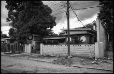 1998 King Tubby's Studio revisited, 18 Dromilly Avenue, Kingston 11 © Dave Hendley