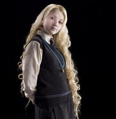 Luna Lovegood in her school uniform from the Half Blood Prince Saga Harry Potter, Harry Potter Icons, Harry Potter Cosplay, Images Harry Potter, Harry James Potter, Harry Potter Aesthetic, Harry Potter Characters, Harry Potter World, Evanna Lynch