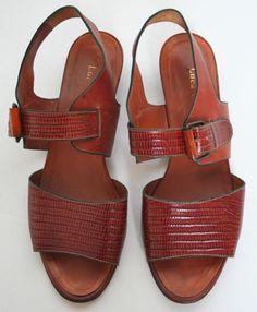 Tan 80's flat vintage sandals
