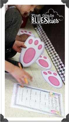 Measuring with bunny feet! Uses feet from Dollar Tree. Post includes free printables for recording measurements.