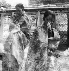 Emperatriz Wanrong de China y Wenhsui, la concubina del emperador Puyi