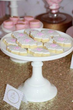 Pink and Gold Princess Party So Many Really Cute Ideas via Kara's Party Ideas KarasPartyIdeas.com #RoyalPrincess #Party #Ideas #Supplies (17)