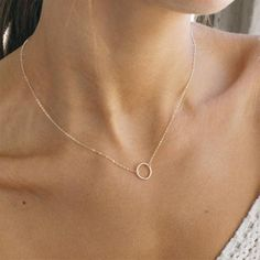 Baguette Diamond Pendant in Solid Gold / Dainty Diamond Necklace / Round Disc Pendant Baguette / Gold Necklace / Birthday Gift for Her - Fine Jewelry Ideas Gold Necklace Simple, Small Necklace, 14k Gold Necklace, Diamond Solitaire Necklace, Circle Necklace, Diamond Pendant, Jewelry Necklaces, Pendant Necklace, Gold Bracelets