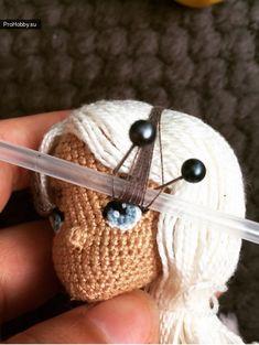 Crochet Amigurumi, Crochet Doll Pattern, Amigurumi Doll, Crochet Dolls, Crochet Patterns, Crochet Hats, Yarn Dolls, Crochet Accessories, Doll Face