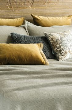 An exquisite collection of designer bed linen, quilts, bedspreads, comforters, silk filled products and linen fabrics all handcrafted from natural fibres. Bed Linen Design, Bed Design, Linen Fabric, Linen Bedding, Winter Flowers, Fine Linens, Contemporary Interior, Bed Spreads, Apartment Living